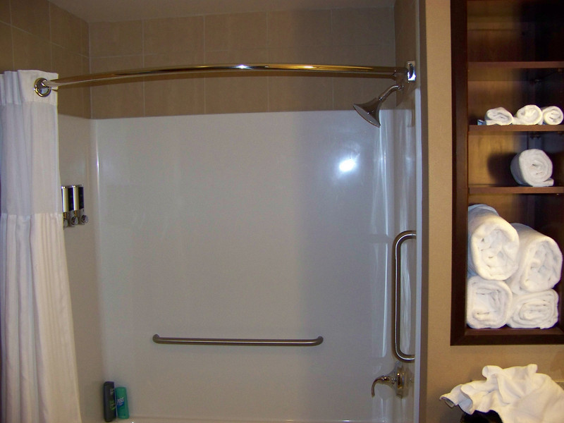 The shower in our hotel room had a wonderful showerhead that made you feel like you were in the rain.  I gave them a big thumbs-up for the great, oversized bath towels, too.<br /> [Seven Feathers Resort in Canyonville, OR]