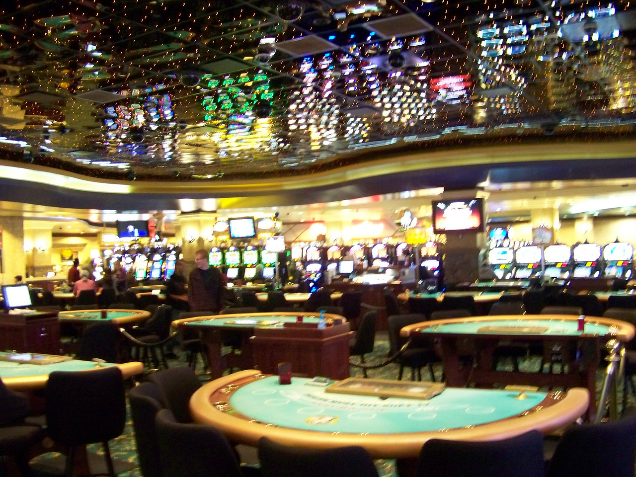 They also have lots of table games, including a single-deck blackjack game which we don't have in Washington.<br /> [Seven Feathers Resort in Canyonville, OR]
