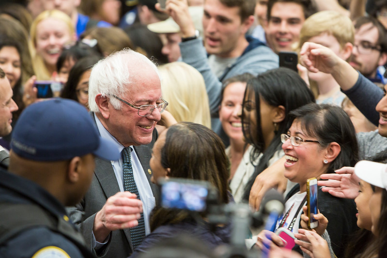 U.S. Senator Bernie Sanders will joins gubernatorial candidate Tom Perriello for a rally at George Mason University Fairfax Campus.  Photo by:  Ron Aira/Creative Services/George Mason University