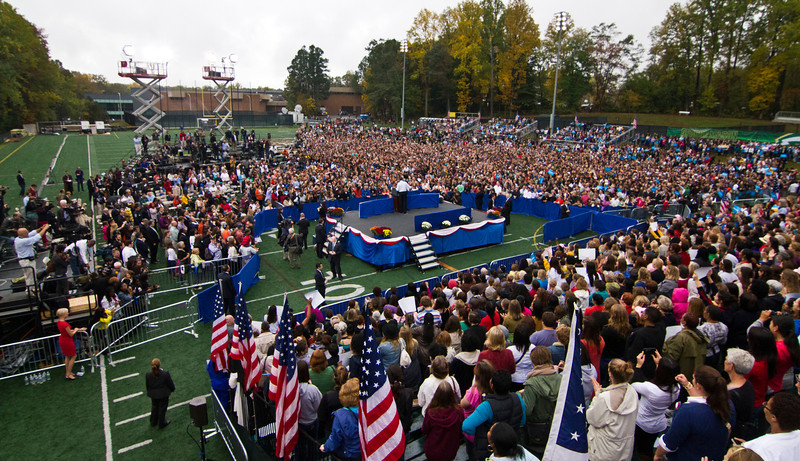 President Obama hold campaign event at George Mason University, Fairfax, Va., October 18, 2012 (Craig Bisacre/Creative Services/George Mason University)