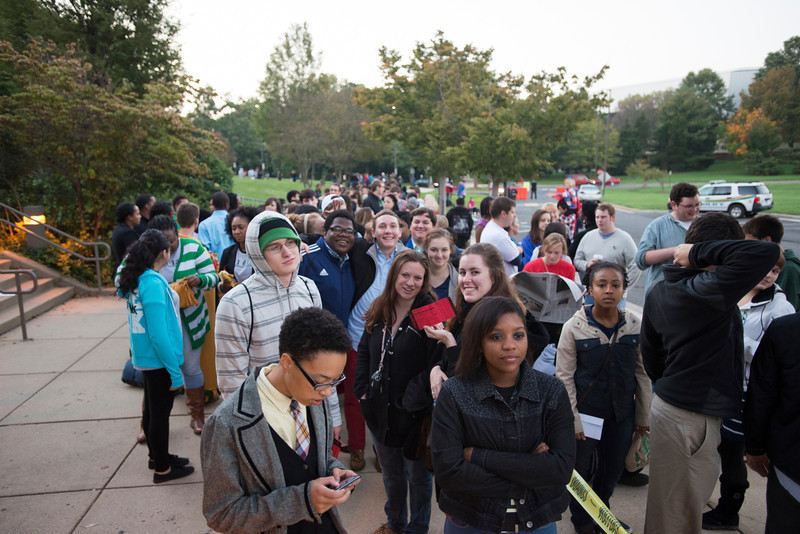 Students wait in line to enter the Center for the Arts at Fairfax campus to hear U.S. President Barack Obama speak at a campaign rally. Photo by Alexis Glenn/Creative Services/George Mason University