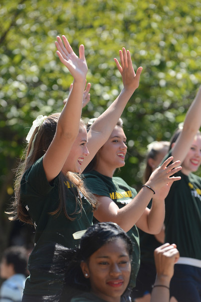 Mason cheerleaders attending Welcome Week's College Colors Day. Photo by Evan Cantwell/Creative Services/George Mason University