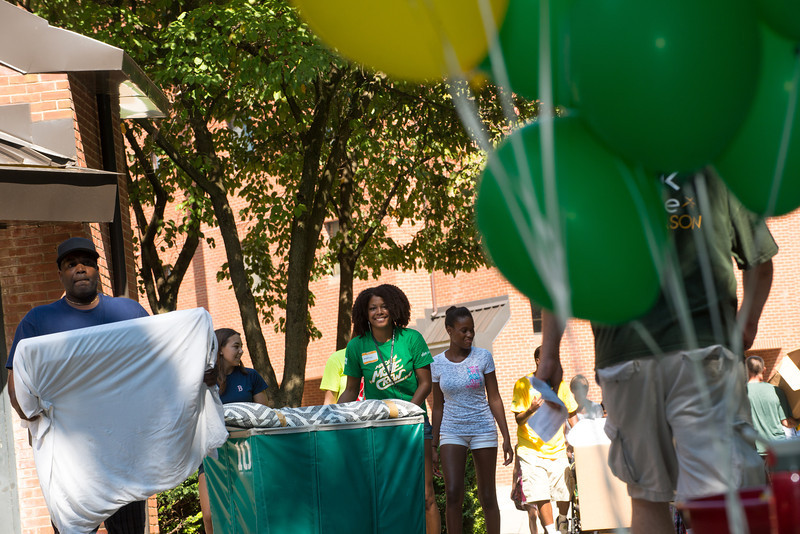 Freshman Move-In 2013