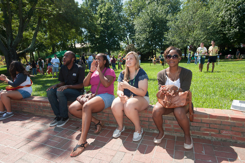 Relax in Fairfax: New Student BBQ