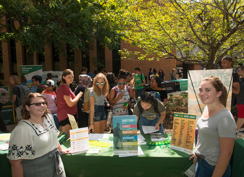 Get Connected Fair - Student Life