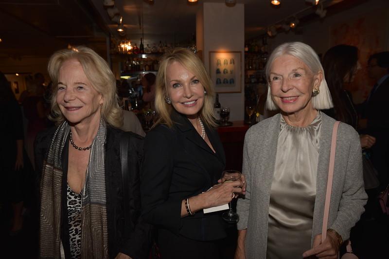 AWA_2043 Kate Foster, Mariel Lauri, Joan Hardy Clark