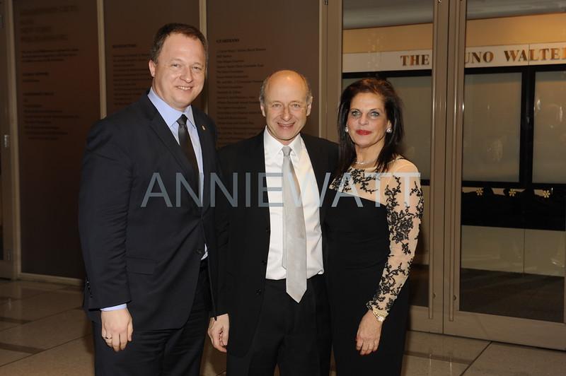 a3W0681 Ambassador Dr  Ferenc Kumin, Maestro Ivan Fischer, Sylvia Hemingway
