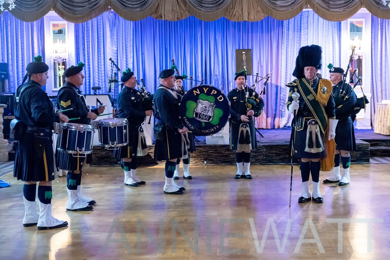 anniewatt_73896-NYPD Pipes and Drums of the Emerald Society