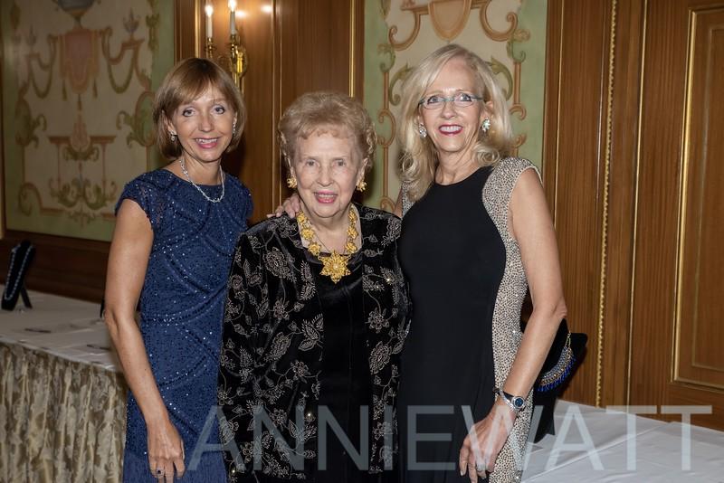 anniewatt_73821-Mary Hunsch, Nancy McLoughlin, Eileen McGovern