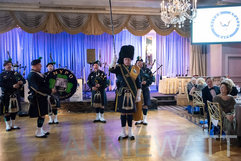 anniewatt_73901-NYPD Pipes and Drums of the Emerald Society