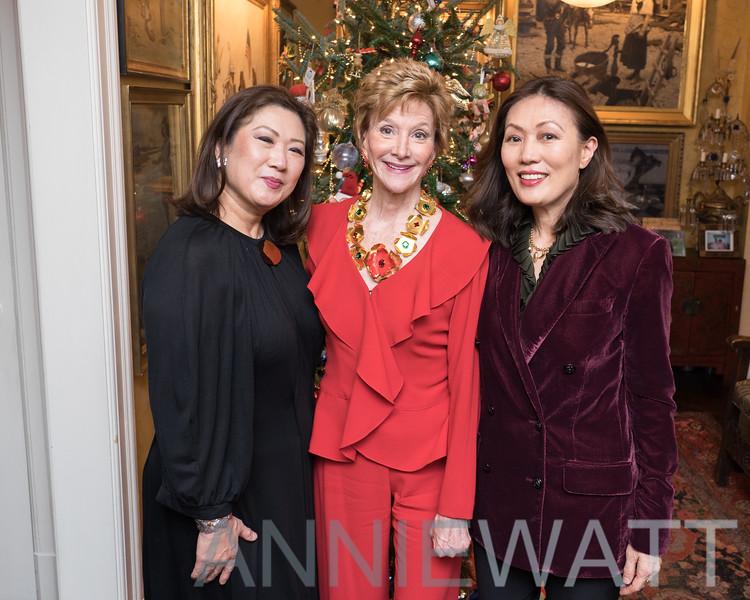 ASC_01932 Angela Chun, Jacqueline Weld Drake, Jennifer Chun