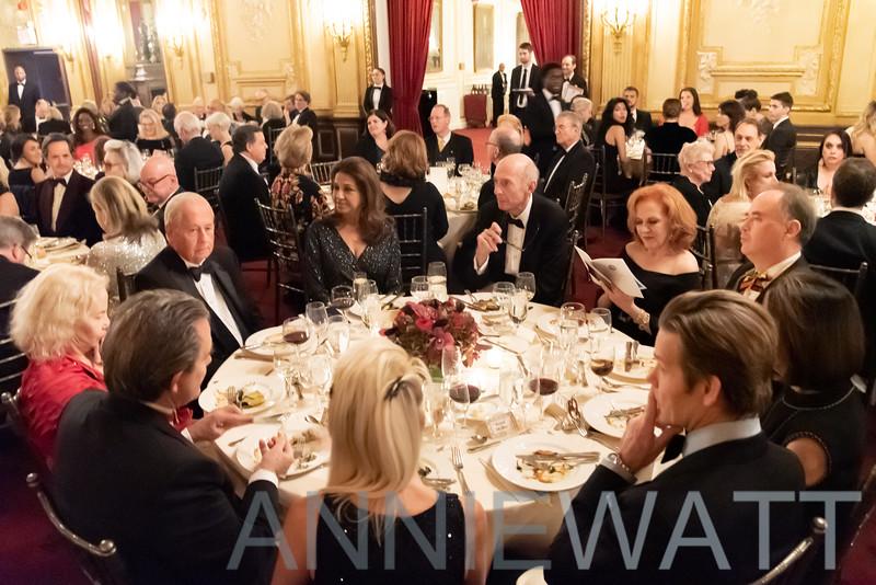 AWA_9445 Donald Tober table