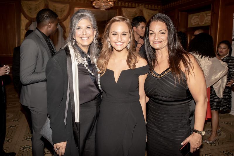 AWA_1159 Joan Hornig, Julia Cordover, Melanie Cordover