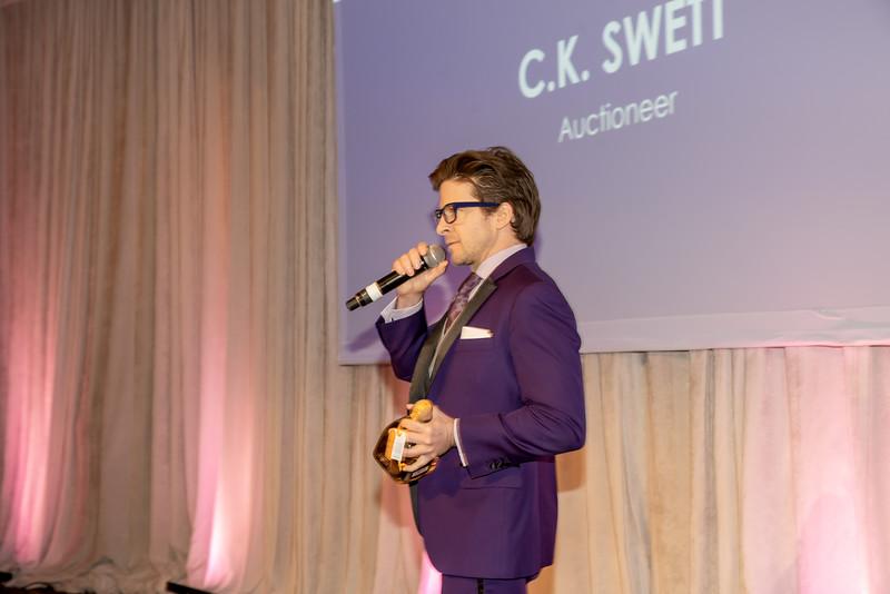 AWA_1472 Auctioneer CK Sweat