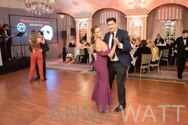 AWA_1132 Valerie Greenberg, Rob Shuter
