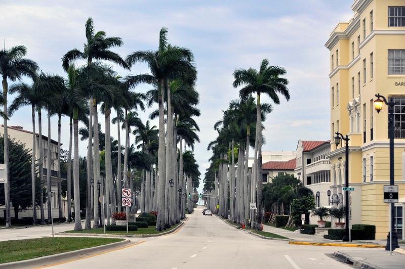 z2093-Entering Palm Beach