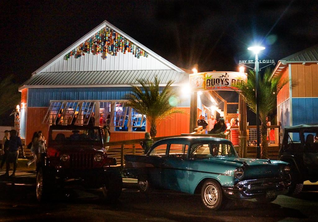 Buoy's Bar 8264