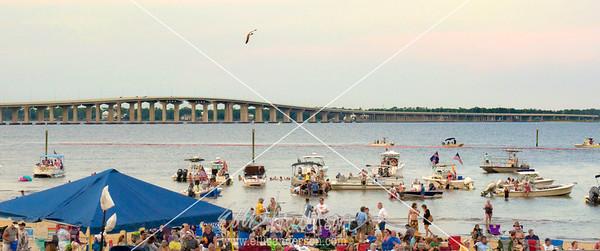 Harbor Fest pan 2 8440