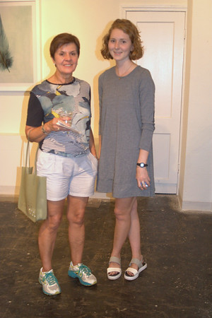 Lee Oneil Gallery: Joan Netzel and Ginx Hudgins (Gallery Assistant)