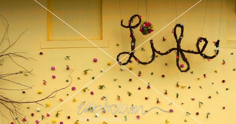Un Beau Bazar - a floral installation