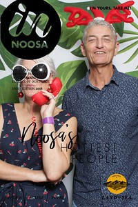 iShoot-Photobooth-In-Noosa-Mag-cover (4)