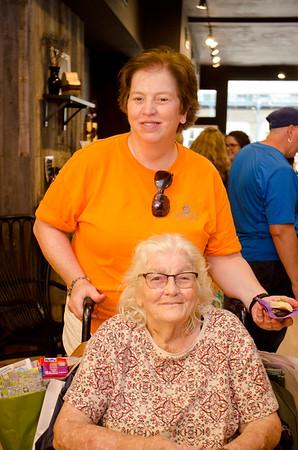 Karen Melvin, Lois Melvin