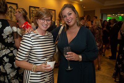 Jennifer Meyer, Amy Henderson