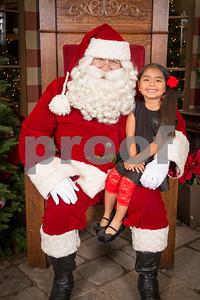 Pesiri Photo Santa RG 112715-15