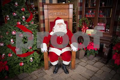 Pesiri Photo Santa RG 112715-1