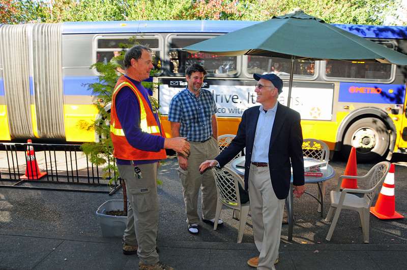 Councilmember Nick Licata stops by the Greenwood Park(ing) Day site.