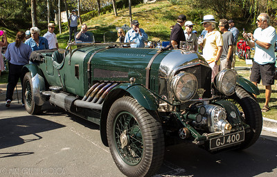 Jay Leno always brings something special - in this case his Bentley GJ 400, fitted with a 27-liter  27-liter Rolls-Royce Merlin V12 engine. Greystone Mansion Concours d'Elegance