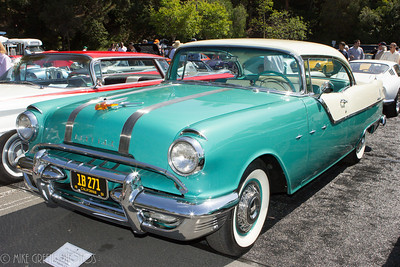 Richard Stanley's 1955 Pontiac Star Chief Custom.  Greystone Mansion Concours d'Elegance