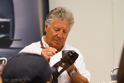 Mario Andretti signs autographs, Sunday April 13, 2014, Long Beach Grand Prix