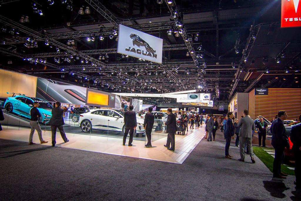 IMAGE: https://photos.smugmug.com/Events-Automotive/2017-Los-Angeles-Auto-Show/i-M35JSVN/0/b6dc82fc/XL/IMG_8174-XL.jpg