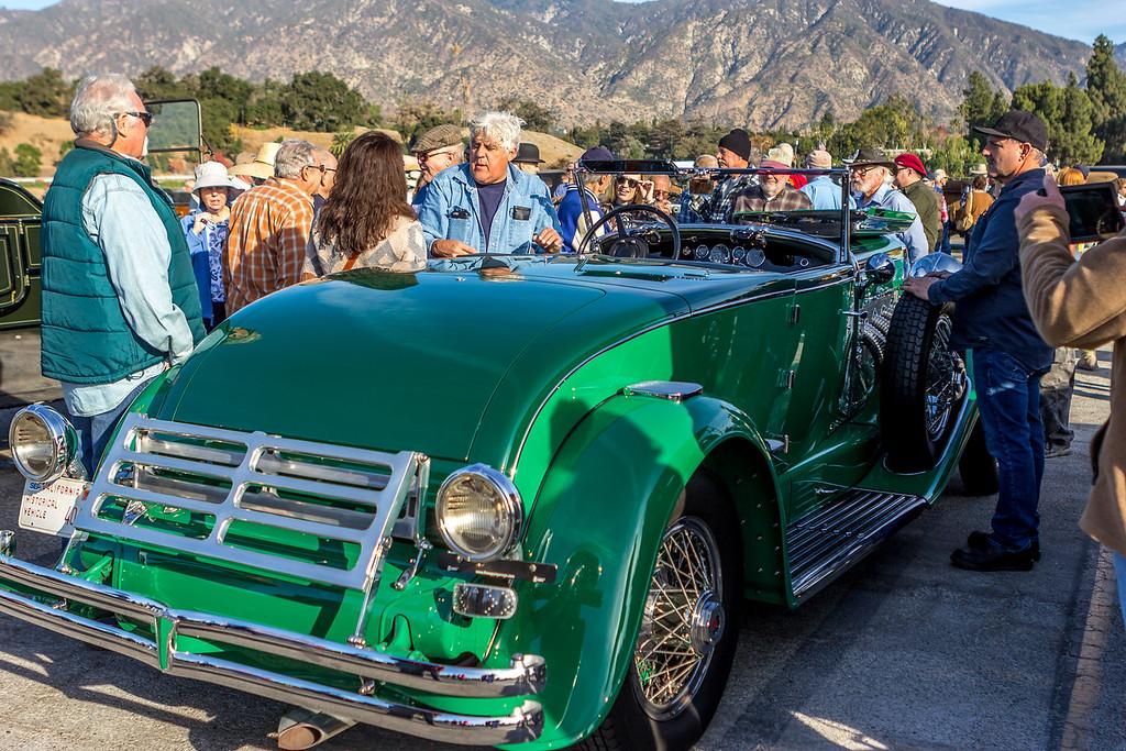 IMAGE: https://photos.smugmug.com/Events-Automotive/61st-Annual-Holiday-Excursion/i-ZskP9Pb/0/28b0028b/XL/IMG_8336-XL.jpg
