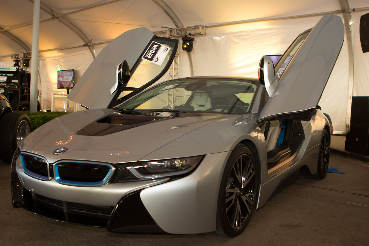 BMW I-8