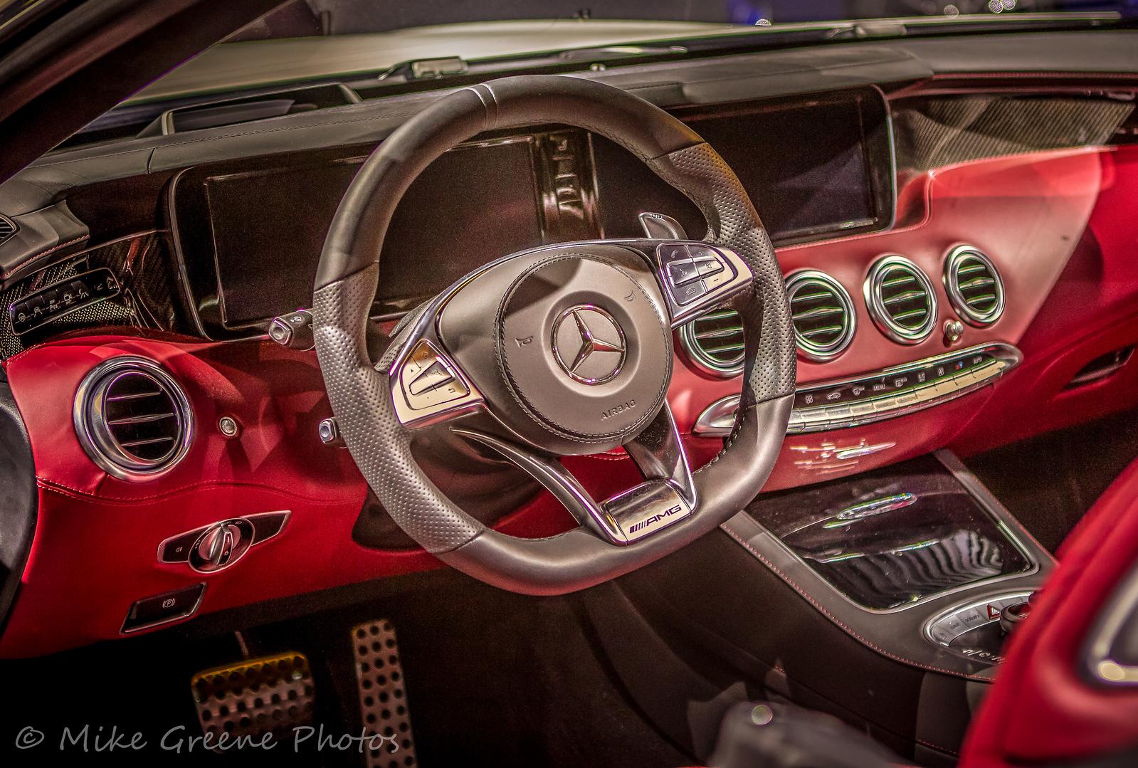 IMAGE: https://photos.smugmug.com/Events-Automotive/Los-Angeles-Auto-Show-2015/i-hwChNw8/0/1821025b/X3/IMG_9323-X3.jpg