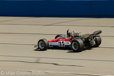 #35 Johnnie Crean, in his 1969 Eagle F5000 car, acknowledges the flagmen on the final lap of Sunday's race.