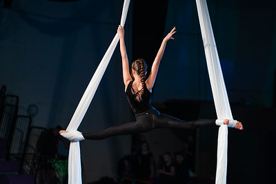 Aerobatics {Halloween Showcase 2020} - Adele Lamb Photo-1001