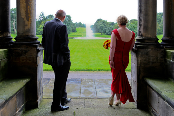 Deborah & Jim  Hopetoun House ©LesleyDonald