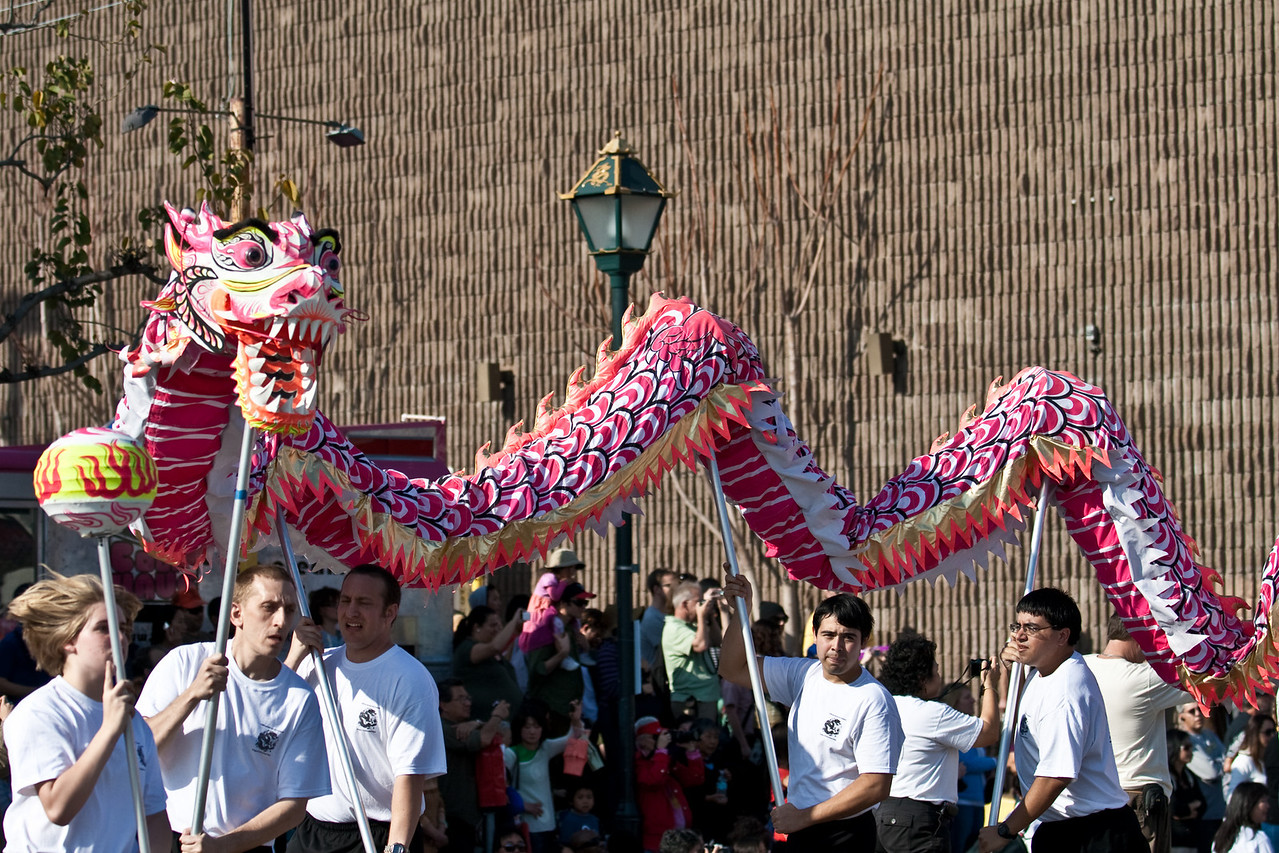 IMAGE: https://photos.smugmug.com/Events-Non-Automotive/LA-Chinese-New-Year-2011/i-JFBwbZk/0/3fbcadb6/X2/-141-X2.jpg