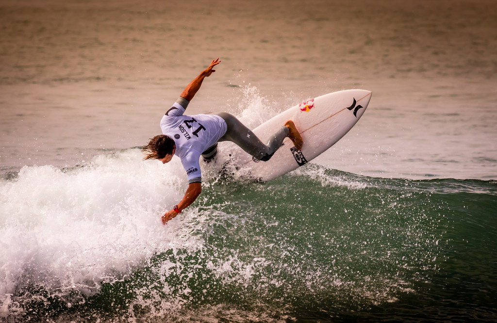 IMAGE: https://photos.smugmug.com/Events-Non-Automotive/World-Surf-League-Championships-Trestles-Beach-2017/i-ThTxCq8/0/d2d8431f/XL/9C4A1990-XL.jpg