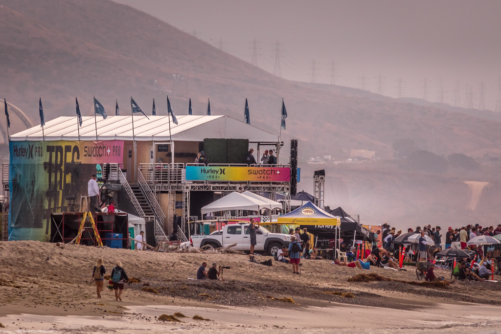 IMAGE: https://photos.smugmug.com/Events-Non-Automotive/World-Surf-League-Championships-Trestles-Beach-2017/i-VDVVWJf/0/e12fb500/XL/9C4A0201-XL.jpg