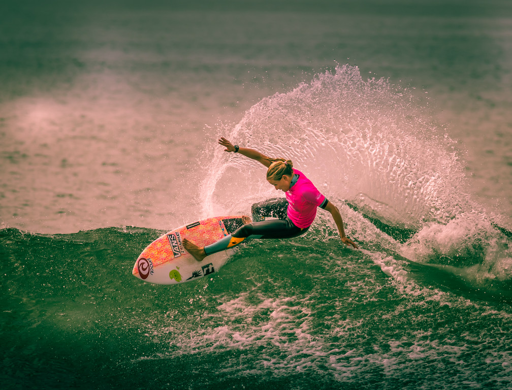 IMAGE: https://photos.smugmug.com/Events-Non-Automotive/World-Surf-League-Championships-Trestles-Beach-2017/i-hT7vQJT/0/1cae7d07/XL/9C4A1479-XL.jpg
