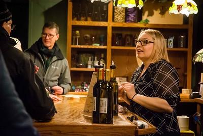 i17s DWA Winter Wine Walk '20 web (22)
