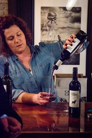 i17s DWA Winter Wine Walk '20 web (34)