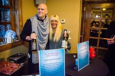 i17s DWA Winter Wine Walk '20 web (41)