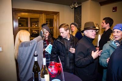 i17s DWA Winter Wine Walk '20 web (40)