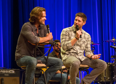 J2 at MinnCon 2017