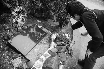 Tenzin Dorje by Jan Palach and Jan Zajíc memorial